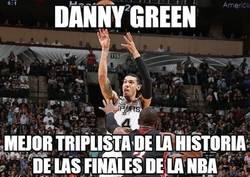 Enlace a Danny Green pasa a la historia