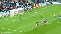 Enlace a GIF: El tercero de Thiago en la final, de penalty