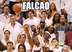 Enlace a Falcao, espectador de lujo en las finales de la NBA