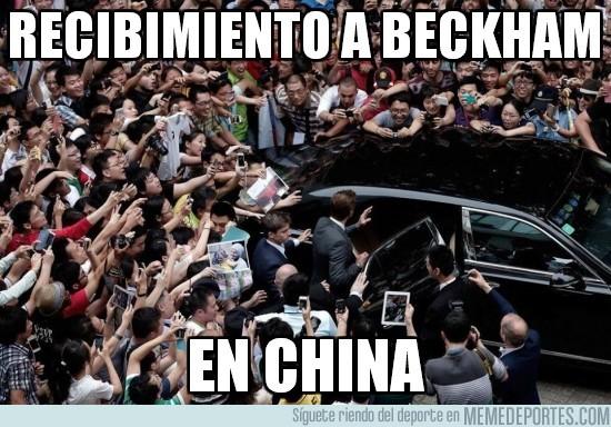 153963 - Recibimiento a Beckham en China. ¿Están locos?