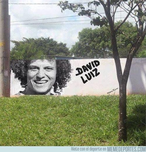 156031 - David Luiz donde menos te lo esperas