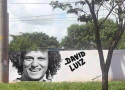 Enlace a David Luiz donde menos te lo esperas