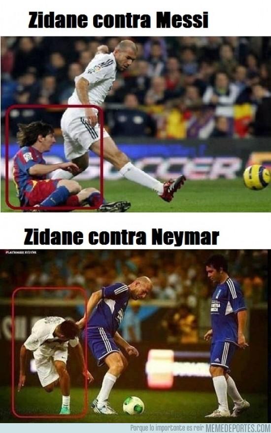 156132 - Dos cracks derribados por Zidane
