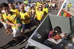 Enlace a Imagen que resume por qué en Brasil están en contra del Mundial