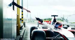 Enlace a GIF: Inconvenientes de los Fórmula 1. ¿Cómo pagas el peaje o pides en McAuto?