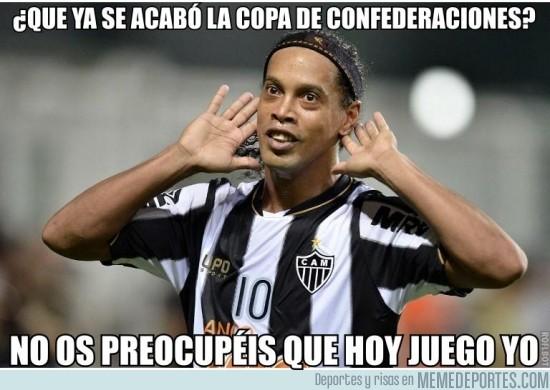 160129 - Ronaldinho calmando al mundo