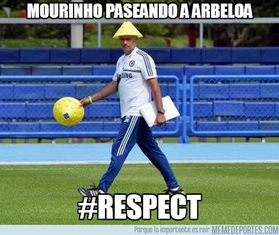 164719 - Mourinho ya echa de menos a Arbeloa por @Llourinho
