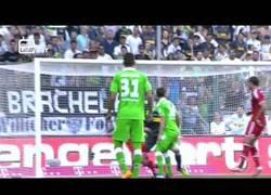 Enlace a VÍDEO: Primer gol de Thiago con el Bayern, golazo con el pecho