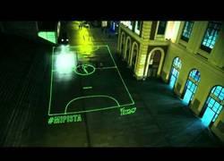 Enlace a VÍDEO: Proyección láser 3D en pista de fútbol #mipista