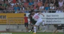 Enlace a GIF: Falcao pierde los papeles en un partido de pretemporada