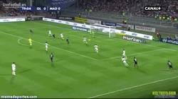 Enlace a GIF: El golazo de Grenier contra el Real Madrid