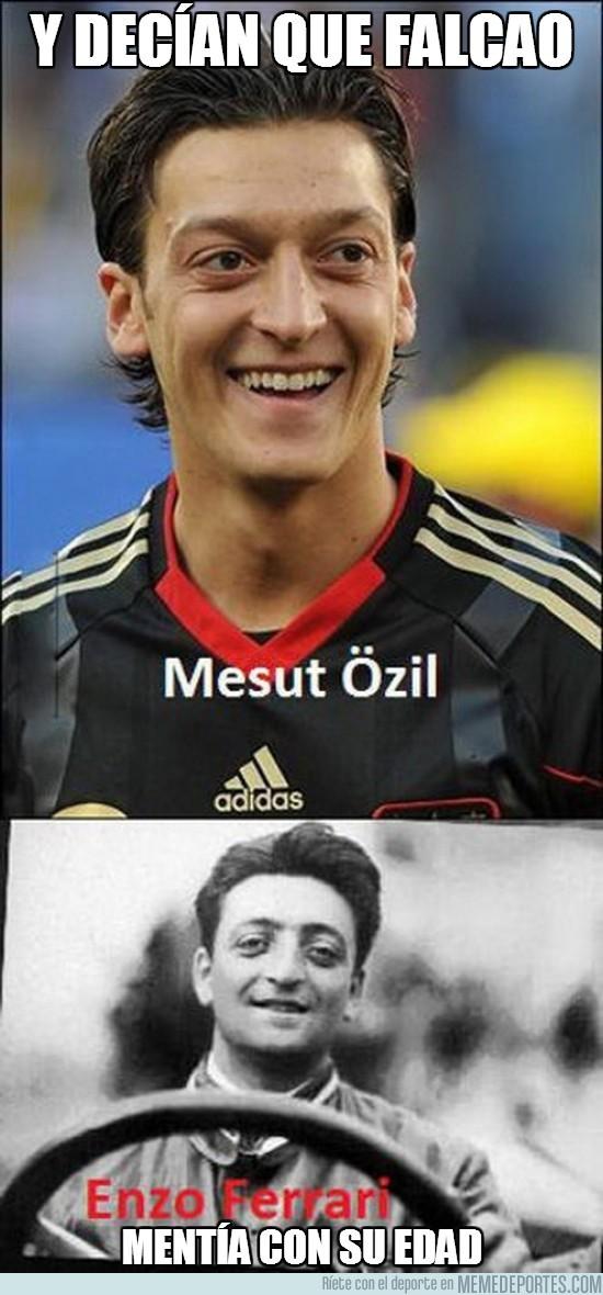 169268 - Bueno, tal vez Özil cuando deje el fútbol pueda dedicarse a la Fórmula 1