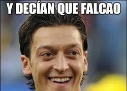 Enlace a Bueno, tal vez Özil cuando deje el fútbol pueda dedicarse a la Fórmula 1