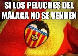 Enlace a Málaga Club de Fútbol, equipo de primera y fabricante de peluches de otros clubes