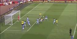 Enlace a GIF: Golazo de Giroud contra el Napoli