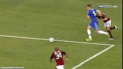Enlace a GIF: La gran jugada de Torres tras un Fail