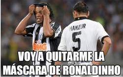 Enlace a Voy a quitarme la máscara de Ronaldinho