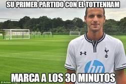 Enlace a Su primer partido con el Tottenham