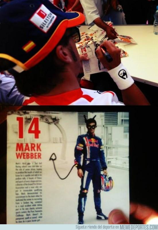 174843 - Esto es lo que pasa cuando le pides a Alonso que te firme una foto de Webber