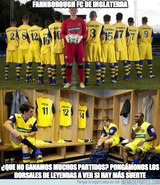 175336 - Messi, Maradona y Pelé en la delantera del Farnborough FC