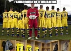 Enlace a Messi, Maradona y Pelé en la delantera del Farnborough FC