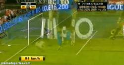 Enlace a GIF: Golazo de Juan Quintero en el Porto vs Setubal