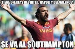 Enlace a Tiene ofertas del Inter, Napoli y del Valencia