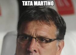Enlace a Tata Martino vive al límite, ¡vaya huevos!