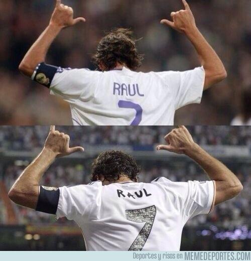 178220 - Pasan los años y Raúl sigue celebrando sus goles de la misma forma