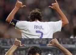 Enlace a Pasan los años y Raúl sigue celebrando sus goles de la misma forma
