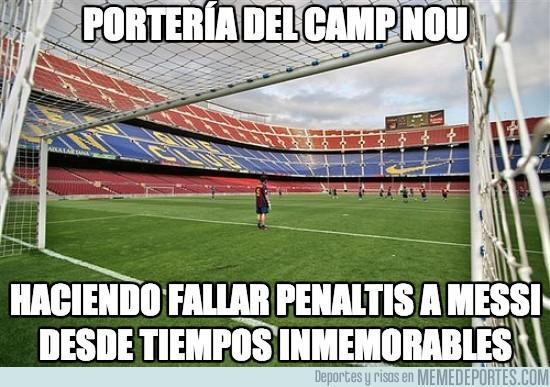 180458 - Portería del Camp Nou