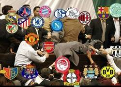 Enlace a Mientras tanto, el Liverpool y el Inter de Milán mirándose los grupos de Champions