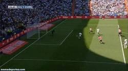 Enlace a GIF: Gran Jugada del Real Madrid que termina con el gol de Isco