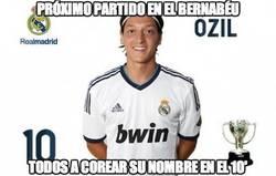 Enlace a Todos a corear el nombre de Özil