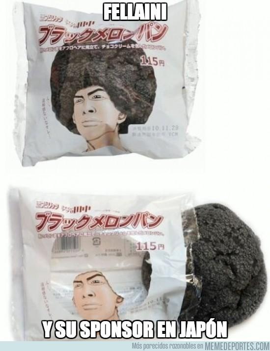183759 - Fellaini y su sponsor en Japón