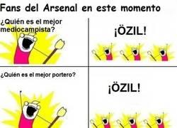 Enlace a Fans del Arsenal, están que no cagan con Özil
