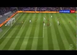 Enlace a VIDEO: Gol de Vargas que adelanta a Chile