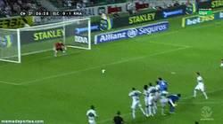 Enlace a GIF: Herrera venía hoy con hambre, vaya gol de CR7 se ha comido