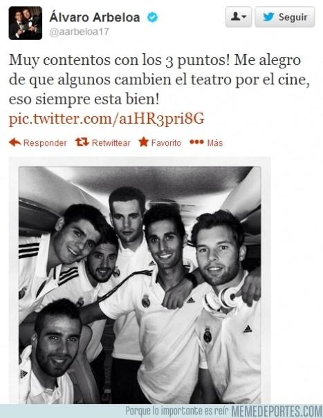 190354 - El último en unirse a la fiesta, @aarbeloa17 también contesta a Piqué