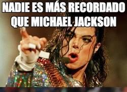 Enlace a Nadie es más recordado que Michael jackson