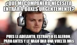 Enlace a Nico Rosberg trolleando a su compañero de equipo