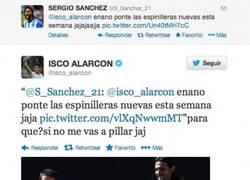 Enlace a Isco y Sergio Sánchez se pican de buen rollo en twitter