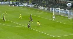 Enlace a GIF: Y cómo no, Messi empata ante el Milan