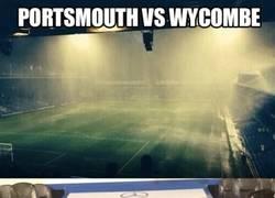 Enlace a La lluvia torrencial que acaba de caer en el Portsmouth vs Wycombe