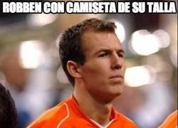 Enlace a Robben con una camiseta de su talla