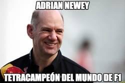 Enlace a Adrian Newey, él es el tetracampeón