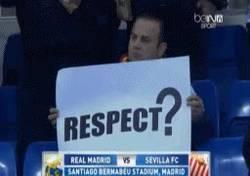 Enlace a GIF: Respect de Blatter ¿qué es eso? ¿se come?