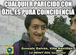 Enlace a Cualquier parecido con Özil, es pura coincidencia