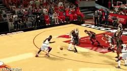Enlace a GIF: No sé si estoy jugando al NBA o al FIFA