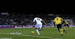 Enlace a GIF: Gran regate de Marcelo contra el Sevilla